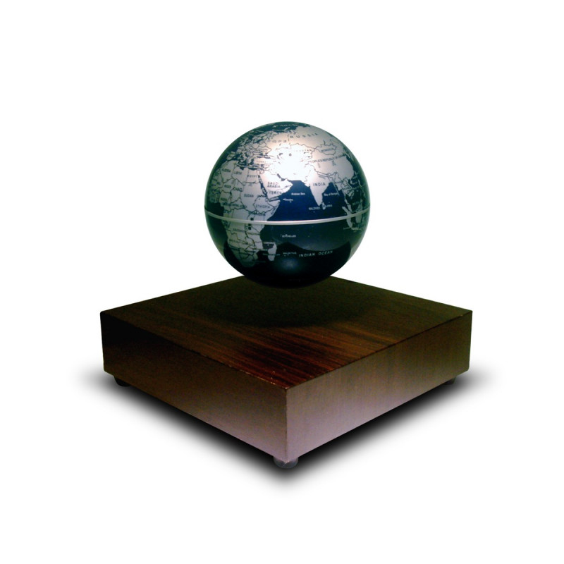 globe terrestre flottant avec base l vitation en bois sur logeekdesign. Black Bedroom Furniture Sets. Home Design Ideas