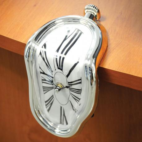 Horloge Dégoulinante Chiffres Romains