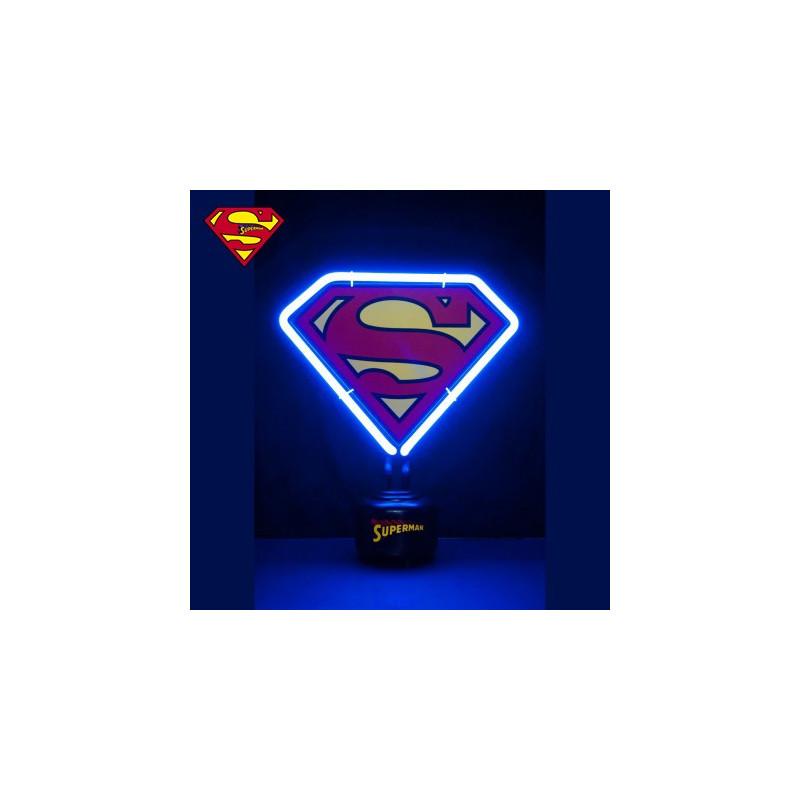 Lampe Geek Superman Avec Neon Pour Une Deco Electrique Sur Logeekdesign