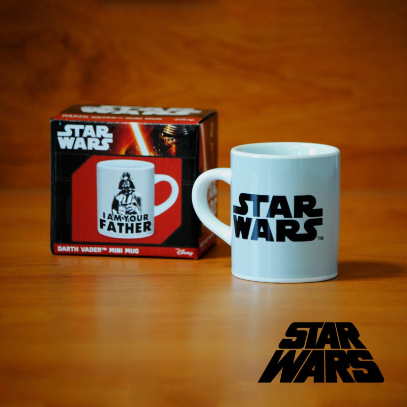 tasse expresso originale star wars l 39 effigie de dark vador sur logeekdesign. Black Bedroom Furniture Sets. Home Design Ideas