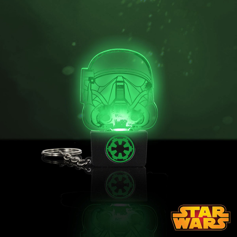 porte cl s lumineux death trooper qui s 39 illumine en vert sur logeekdesign. Black Bedroom Furniture Sets. Home Design Ideas
