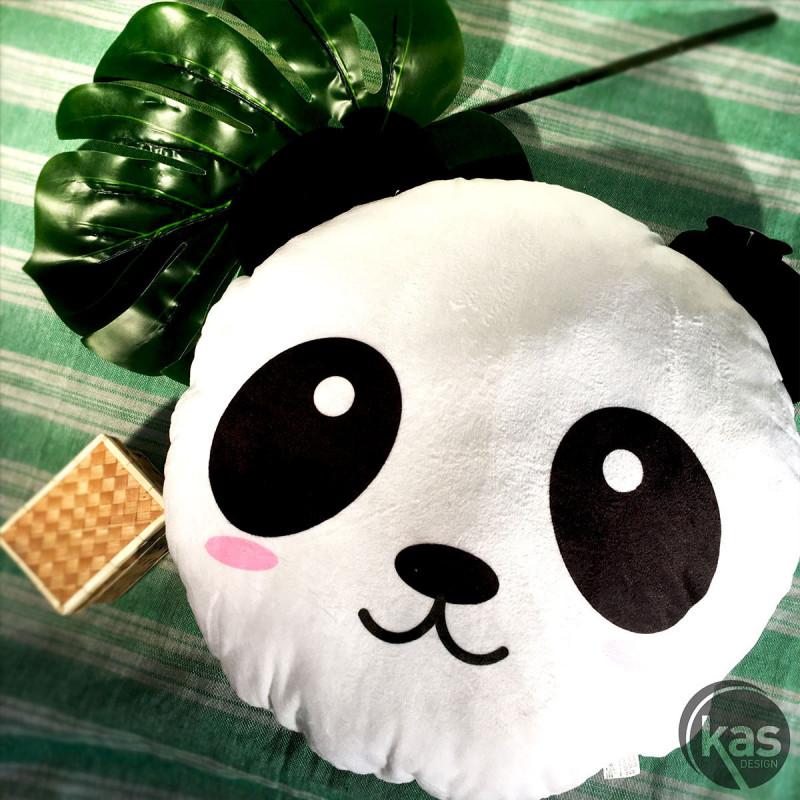 Coussin panda noir et blanc de forme ronde sur logeekdesign for Deco idee cadeau