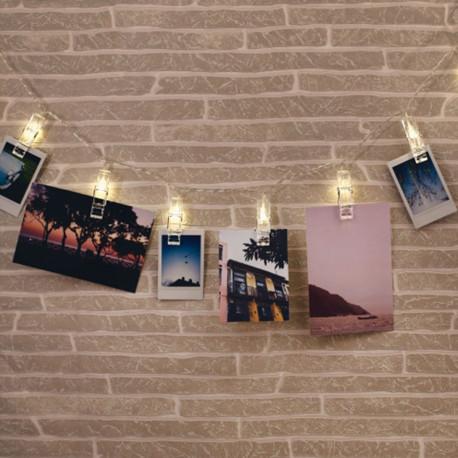 porte photos mural en forme de guirlande lumineuse avec pinces sur logeekdesign. Black Bedroom Furniture Sets. Home Design Ideas