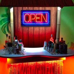 Plaque Métallique Open Effet Néon