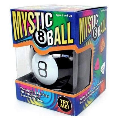 Toutes vos questions auront maintenant des réponses avec la Magic 8 Ball, façon boule de cristal ! Avec son look de boule de billard numéro 8, ce cadeau insolite vous aidera à orienter vos futures décisions... Un jeu terriblement décalé !