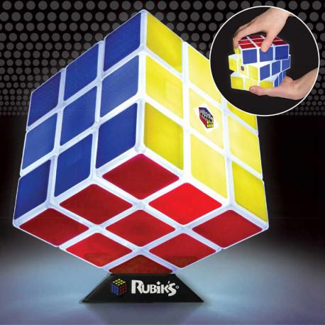 Magnifique et carrément original, ce Rubik's Cube lumineux est totalement fonctionnel… Ce casse-tête mythique se décline sous la forme d'une lampe design et insolite ! Pratique, ludique et original !