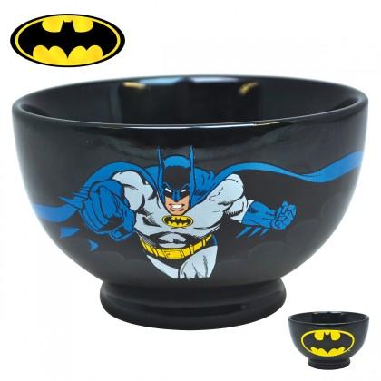 Assumez votre passion pour les objets geeks avec ce magnifique bol Batman en céramique : vous serez ainsi d'attaque dès le petit-déjeuner ! Voilà une idée cadeau idéale pour faire le bonheur de tous les fans du super-héros Batman !