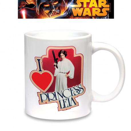Affirmez votre coup de cœur pour la Princesse Leia, personnage emblématique de la saga Star Wars, avec ce mug en céramique ! Votre café (ou votre thé) n'aura pas la même saveur en compagnie de votre princesse geek…