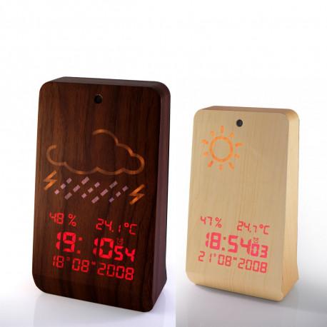 Offrez cet accessoire météorologique en bois autant utile que design ! La station météo Woodbrass, en noyer ou hêtre, vous apportera une touche de nature dans votre intérieur contemporain ! Un bel objet high-tech à posséder !