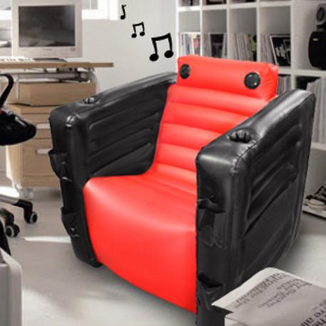 Ce fauteuil gonflable aux multiples fonctions et au design étudié est pensé pour combler le geek qui est en vous… Vous offrant un moment zen et confortable, l'Everything Chair II propose deux haut-parleurs intégrés avec un amplificateur supplémentaire pour des moments musicaux parfaits !