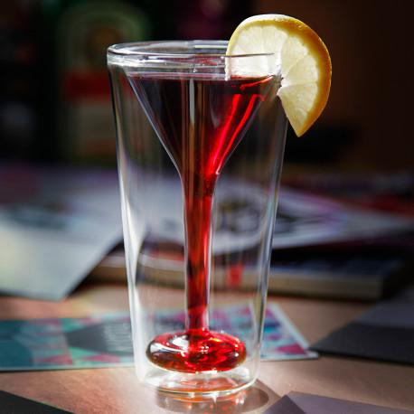 Faites-vous plaisir avec le Glasstini, ce verre à cocktail à double paroi totalement chic et original