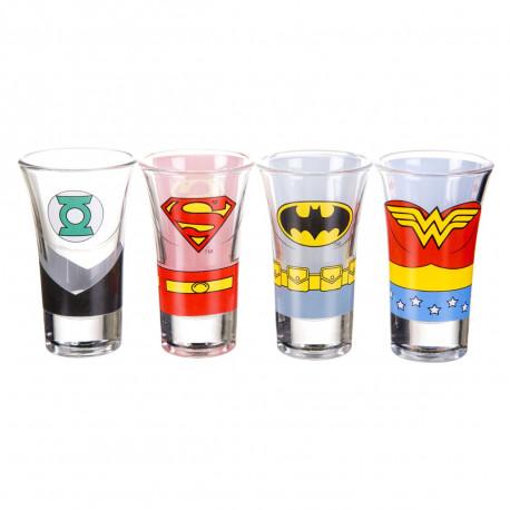 Assumez votre côté geek addict avec ces quatre shooters Justice League of America ! Wonder Woman, Superman, Batman et Green Lantern mettent leurs super-pouvoirs en avant pour vous offrir un apéritif so geek…