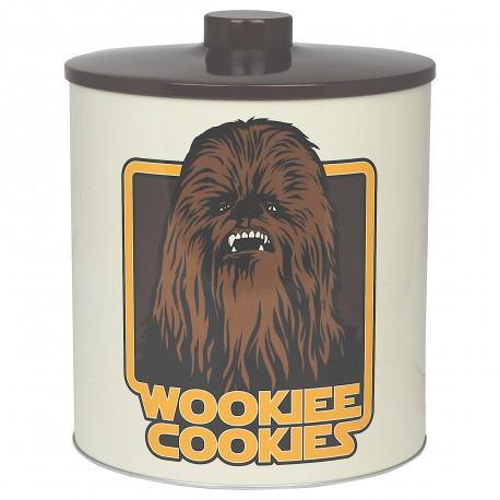 Stockez vos biscuits en toute sécurité dans cette maxi boîte mettant en avant le plus chouette des Wookies, Chewbacca