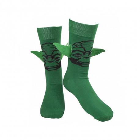 Des chaussettes à l'effigie de yoda