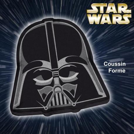 design du casque du Seigneur Sith Dark Vador, ce coussin geek du côté obscur de la Force