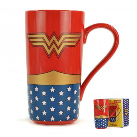 Assumez pleinement votre passion pour les cadeaux girly-geeks avec cette chouette tasse géante Wonder Woman en céramique