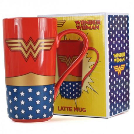 cette chouette tasse géante Wonder Woman en céramique : vous serez ainsi près à affronter la journée