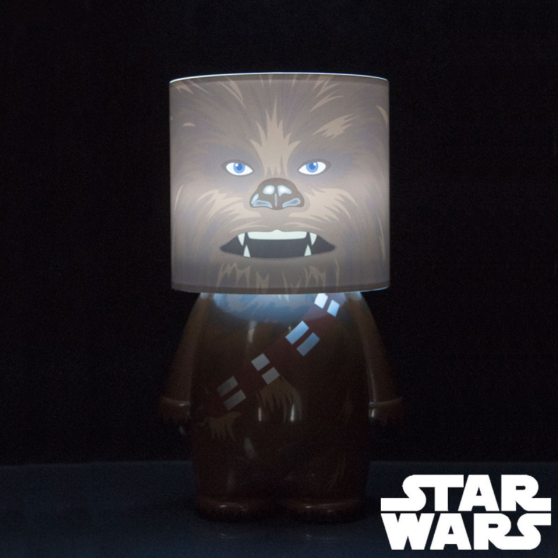 lampe poser design star wars l 39 effigie de chewbacca sur logeekdesign. Black Bedroom Furniture Sets. Home Design Ideas