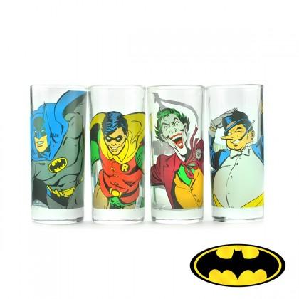 Le must pour se désaltérer entre fans de l'univers de Gotham City ? Un pack de 4 verres Batman, mettant à l'honneur des personnages emblématiques et charismatiques