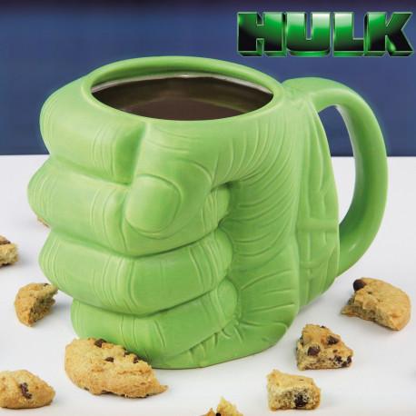 Un mug en forme de poing de Hulk
