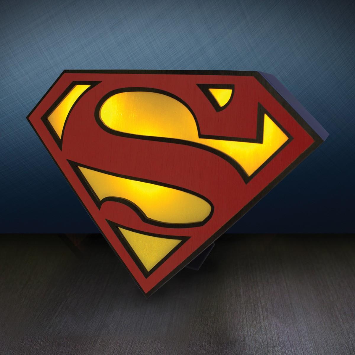 Lampe superman lampe poser en forme de logo de - Signe de superman ...