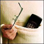 Cette couverture snug rug cosy intègre une poche pour glissé ses petits objets.