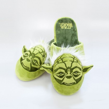 Des chaussons Yoda ultra geeks et confortables